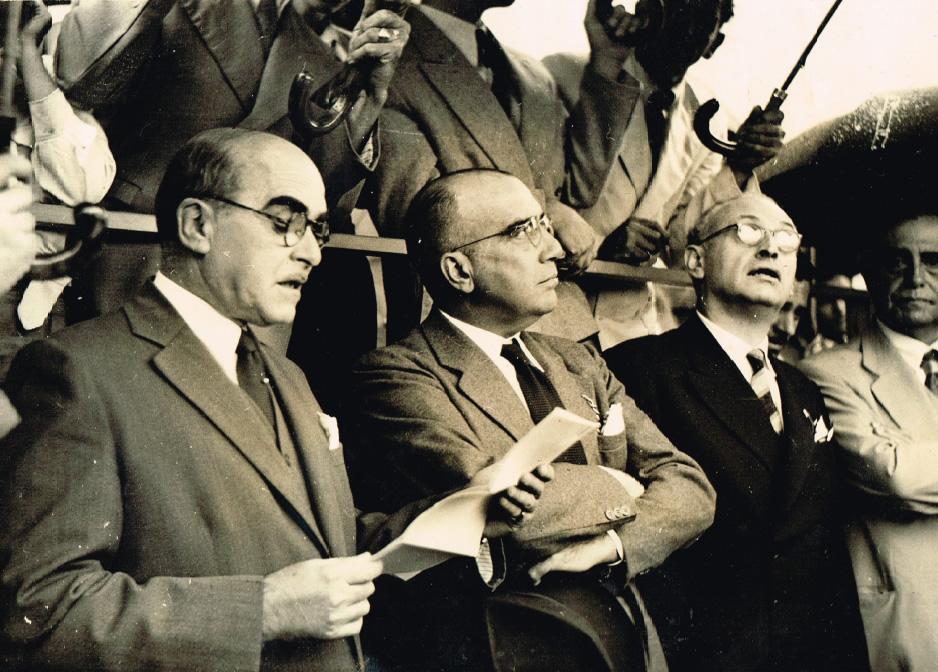 Sebastião Nogueira de Lima, Jorge Chaves (prefeito de Piracicaba) e Sud Mennucci, em novembro de 1944