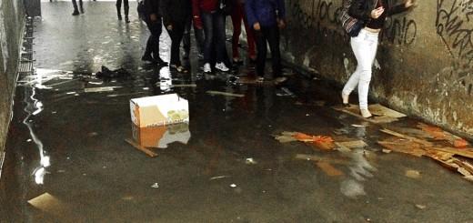 passagem-subterranea-estacao-lapa-alagamento-destaque
